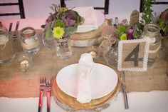 Purple + Green Rustic Wedding Place Setting | Burlap Runner | Wood Slab Charger    The Flower Shop @ WG    www.WeddingGirl.ca
