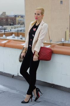 Brooklyn Blonde, my new favorite website. Absolutely Stunning Fashion pieces and ensembles