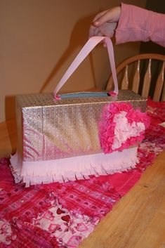 Purse Valentine Box 25+ Creative Valentine Boxes | NoBiggie.net