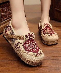 05a94d33869 560 Best Shoe Fancy images in 2019   Wedges, Cleats, Sandals