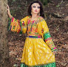 #afghan #style #dress #girl Afghan Clothes, Afghan Dresses, Afghan Girl, Muslim Women, Pakistani Dresses, Traditional Dresses, Indian Wear, Boho Fashion, Dress Girl