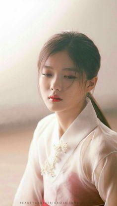 한복 Hanbok : Korean traditional clothes[dress] Moonlight Drawn By Clouds Korean Actresses, Korean Actors, Korean Beauty, Asian Beauty, Kim Joo Jung, Korean Girl, Asian Girl, Ver Drama, Korean Traditional Dress
