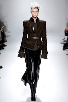 Haider Ackermann Fall 2013 RTW - Review - Fashion Week - Runway, Fashion Shows and Collections - Vogue#/collection/runway/fall-2013-rtw/haider-ackermann/8