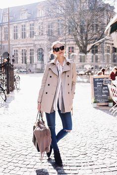mademoisellefashionn:inspirationnstyle:  Source: Polienne.com  Bonjour,nous sommes Katarina et Violeta. Nous adorons la mode