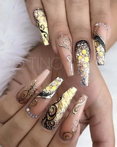 ⚡✨Follow me on Pinterest for more SLAYIN Pins @BeautyNDesign ✨