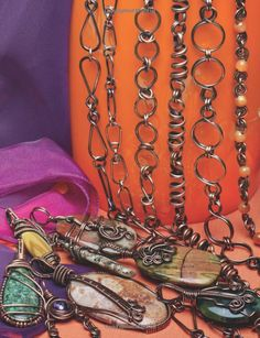 Handcraft Wire Jewelry: Chains•Clasps•Pendants: Kimberly Sciaraffa Berlin: 9781627001335: Amazon.com: Books