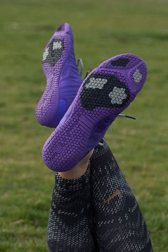 A pop of purple to fuel your training. Conquer your winter workout in the  lightweight. Women Nike ShoesWomen Running ShoesNike Free ShoesWoman ...