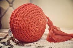 Coquito clutch a crochet PROXIMAMENTE patron en harperhook.com