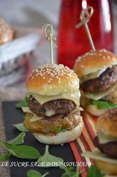 Extra-fluffy mini-burger with kofté steak Mini Hamburgers, Hamburger Recipes, Steak Recipes, Steak Tips, Hamburger Casserole, Sandwich Recipes, Chicken Recipes, Mini Appetizers, Fingerfood Party