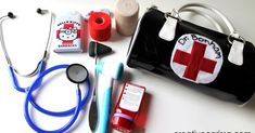 Learn how to make the best kids doctors kit ever! Make your own DIY doctor play set using items that you already have at home and tools that really work. Kids Doctor Kit, Doctor Role Play, Diy Doctor, Playing Doctor, Activities For Kids, Crafts For Kids, Presents For Kids, Kits For Kids, Kids Bags
