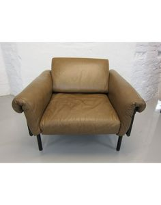 Kukkapuro ateljee armchair. (2nd cycle Artek)