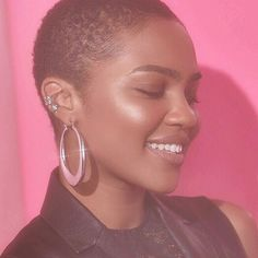 She looks so pretty. I swear if I cut all my hair off I'd probably look terrible but she looks Amazing and it looks like she's doing well💗 Hair Inspo, Hair Inspiration, Textured Pixie Cut, Twa Hairstyles, Dreadlock Hairstyles, Black Hairstyles, Haircuts, Wedding Hairstyles, Teeny Weeny Afro
