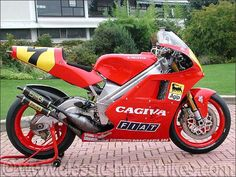Cagiva 500 Eddie Lawson 1991. Always wonder why Fiat sponsor motorcycling.