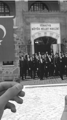 Untitled The Legend Of Heroes, History Of Photography, Cute Girl Photo, Image Title, Picture Description, Historical Pictures, Just Go, Istanbul, Larp