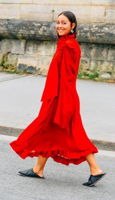 5b6811535ab8 Farfetch. The World Through Fashion
