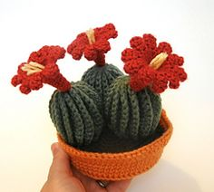 amigurumi amigurumi cactus Claret Cup Cactus with Pot and Crochet Cactus, Crochet Flowers, Half Double Crochet, Single Crochet, Cactus E Suculentas, Amigurumi For Beginners, Diy Kit, Crochet Amigurumi, Cat Amigurumi