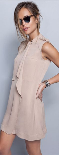 Women's fashion | Elegant neutral dress | Just a Pretty Style