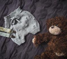 B a b y s t u f f ✨ #babystuff #suttesnore #strikk #strik #barselsgave #dåbsgave #ditteshorts #lilleoktober