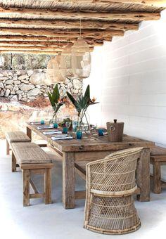 Nice 40 Insane Vintage Garden Furniture Ideas for Outdoor Living https://decorisart.com/06/40-insane-vintage-garden-furniture-ideas-outdoor-living/