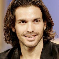 Santiago Cabrera (Chilean actor)