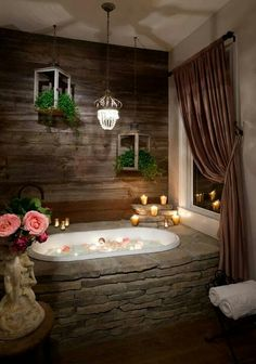 This rustic bathroom design creates beautifully warm and relaxed setting. This rustic bathroom design creates beautifully warm and relaxed setting. Rustic Bathroom Designs, Rustic Bathrooms, Dream Bathrooms, Beautiful Bathrooms, Master Bathrooms, Bathtub Designs, Romantic Bathrooms, Rustic Master Bathroom, Luxurious Bathrooms