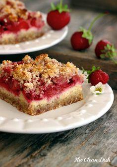 Strawberry Sour Cream Crumb Bars {grain free and gluten free, refined sugar free}