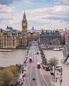"""londongramer: """" View from @ParkPlaza #Westminster yesterday at #WWIM13LONDON  Ever so grateful for their magnificent support in hosting the @London Community. They might possibly have the best view in #London!  