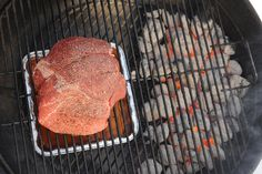 If you're looking for a juicy, flavorful cut of beef, try making a BBQ sirloin tip roast on the grill. Use indirect heat to prevent meat from drying out. Grilled Roast Beef, Beef Sirloin Tip Roast, Sirloin Tips, Recipes With Beef Sirloin, Venison Recipes, Summer Grilling Recipes, Grill Recipes, Tofu Recipes, Recipes Dinner