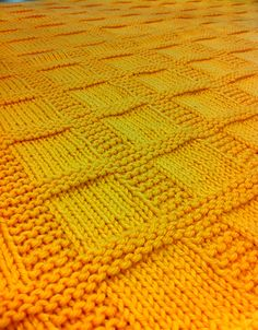 Amazing Knitting provides a directory of free knitting patterns, tips, and tricks for knitters. Free Baby Blanket Patterns, Baby Knitting Patterns, Free Knitting, Easy Knit Blanket, Knitted Baby Blankets, Slippers, Slipper Socks, Free Pattern, Knits