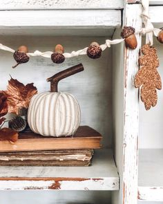 Autumn decor and Fall DIY craft ideas including wreaths with acorns and twigs are in the mix on Hello Lovely Studio! Diy Home Decor Projects, Fall Home Decor, Autumn Home, Holiday Decor, Fall Crafts, Diy Crafts, Decor Crafts, Fall Vignettes, Candle Store