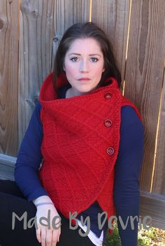 Knitting pattern. Chunky knitting is the best because it knits quickly. This adorable knitted wrap vest is a perfect accessory to any fall or winter wardrobe.    https://www.etsy.com/listing/261119097/knitting-pattern-75-diamond-vest-wrap