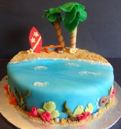 Lemon and coconut cake - HQ Recipes Luau Cakes, Ocean Cakes, Beach Themed Cakes, Beach Cakes, Cl Birthday, Summer Birthday, Hawaiian Birthday Cakes, Beach Cake Birthday, Hawaiian Cakes
