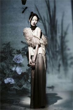 ibkodfashion:  Lili Ji by Xu Xi, LOHAS