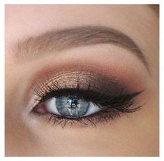 Formal Eye Makeup, Gold Eye Makeup, Bronze Makeup, Natural Eye Makeup, Eye Makeup Tips, Makeup For Brown Eyes, Smokey Eye Makeup, Hair Makeup, Makeup Ideas