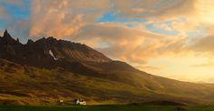 Hraundrangi Pinnacle, Iceland