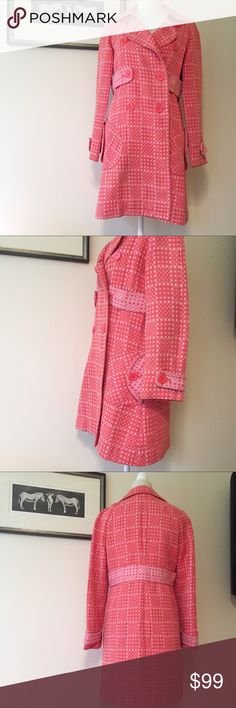 """Marc Jacobs Salmon polka dot spring coat S 4 6 Beautiful spring coat in amazing condition. No stains rips or flaws. All buttons securely attached. Care tag is unreadable, but it feels like 100% cotton. Double-breasted, hand pockets, and belt details. Size small. This is the best fit for 4 or 6. Heed measurements: shoulders are fluid as there is no seam. 23"""" sleeve. 33"""" bust. 34"""" length from back collar. Marc Jacobs Jackets & Coats"""