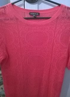 Kup mój przedmiot na #vintedpl http://www.vinted.pl/damska-odziez/bluzki-z-krotkimi-rekawami/12380542-sweterek-rozowy-rozm-s