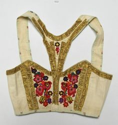 no Seljord Folk Costume, Costumes, Norwegian Rosemaling, Dress Up Day, Folk Clothing, Wool Embroidery, Light Dress, Folk Fashion, Bridal Crown
