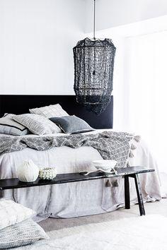 I first discovered Eadie Lifestyle when I worked with their beautiful products on the norsu shoot a few months back. Very much in fitting. Interior Exterior, Home Interior, Interior Decorating, Interior Design, Inspiration Design, Room Inspiration, Design Ideas, Love Decorations, Minimal Bedroom