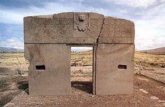 la Porta del Sole nei pressi della città di Tiahuanaco