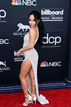 News Photo : Becky G attends the 2019 Billboard Music Awards. Becky G Style, Becky G Outfits, Jessica Kylie, Marie Gomez, Sexy Hot Girls, Beautiful Celebrities, Mannequin, Sexy Legs, Sexy Dresses