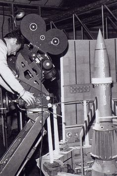 Derek Meddings operating camera for shot of Thunderbird 3 hero model in launch silo. Thunderbirds Are Go, Fritz Lang, Classic Sci Fi, Great Films, Sci Fi Movies, Music Tv, Film Director, Short Film, Nostalgia