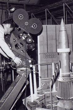 Derek Meddings operating camera for shot of Thunderbird 3 hero model in launch silo. Film Music Books, Music Tv, Thunderbirds Are Go, Fritz Lang, Classic Sci Fi, Great Films, Sci Fi Movies, Old Tv, Film Director