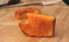 Gek op tosti's? Dan moet je deze tosti eens proberen! Je wil daarna nooit meer anders!