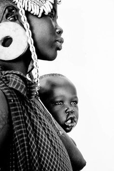 Ethiopia Matilda Temperley matilda temperley 2015 Omo Valley land grab N African Tribes, African Women, Art Afro, Africa People, Tribal People, Africa Art, Foto Art, Black Women Art, African Culture