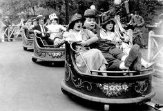 "Fatty Arbuckle on the Whip at Luna Park in the movie ""Fatty at Coney Island"" 1917 Palisades Amusement Park, Coney Island Amusement Park, Amusement Park Rides, Vintage Carnival, Vintage Circus, Old Photos, Vintage Photos, Island Movies, Movie Shots"