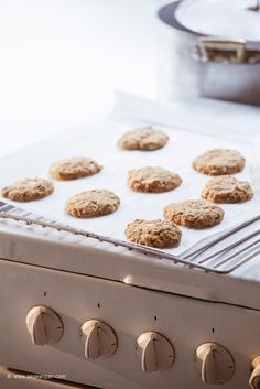 Oat, feta cheese and oregano cookies: super easy, healthy and delicious!