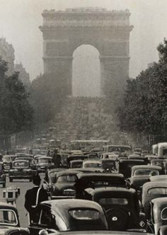 Robert Doisneau- Paris