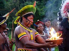 Índios participam da Kari-Oca que acontece simultâneamente a Rio 20    Foto: Wilfred Paulse/vc repórter