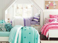 I love the PBteen Beadboard Crinkle Puff Bedroom on pbteen.com